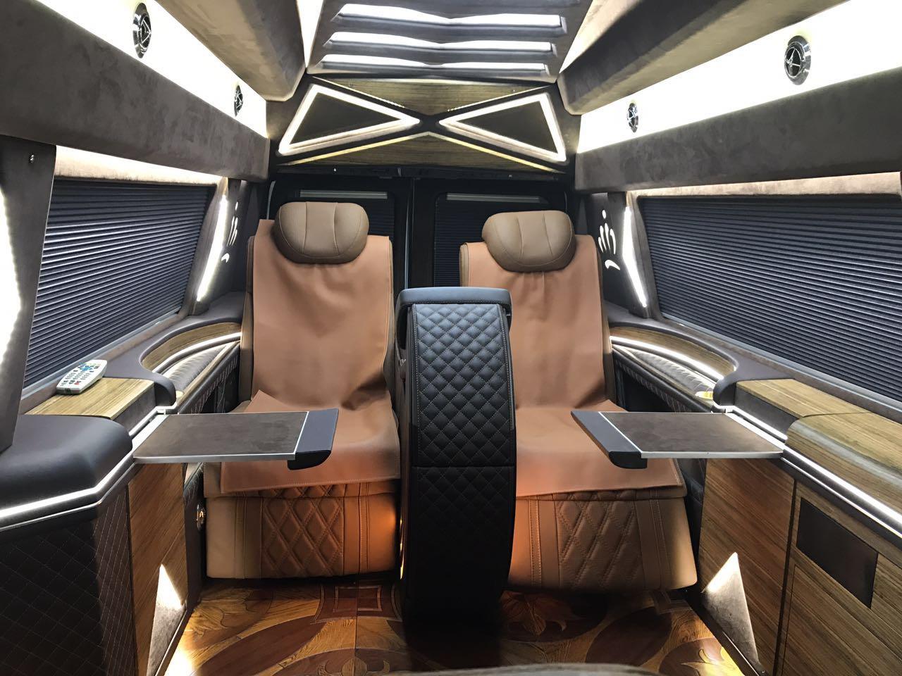 福特E350商务车房车媲美奔驰斯宾特房车