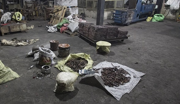 12623250-0-The_copper_factory_in_Wellampitiya_a_suburb_of_Colombo_was_raide-a-13_1556037869290.jpg