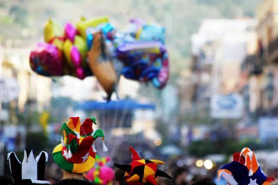 玩具气球(图片来源:veer图库)