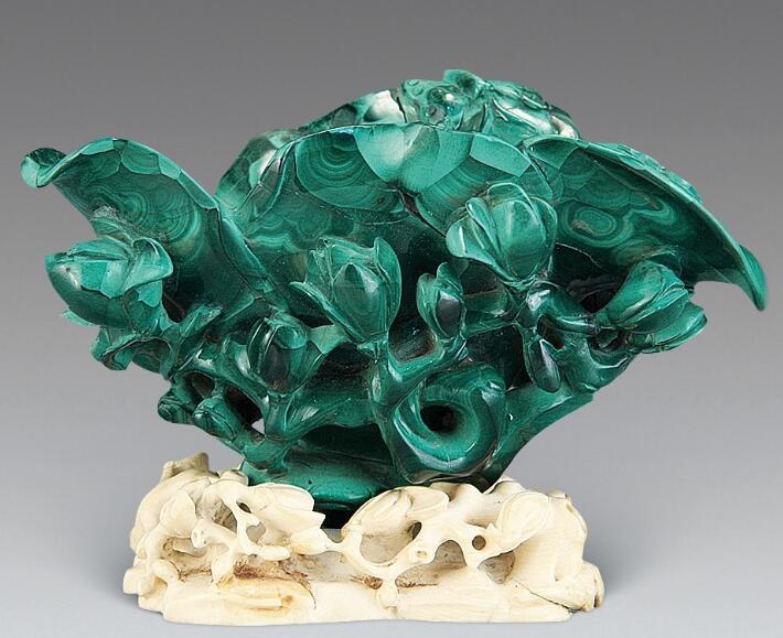 低调而又古老的玉石--孔雀石