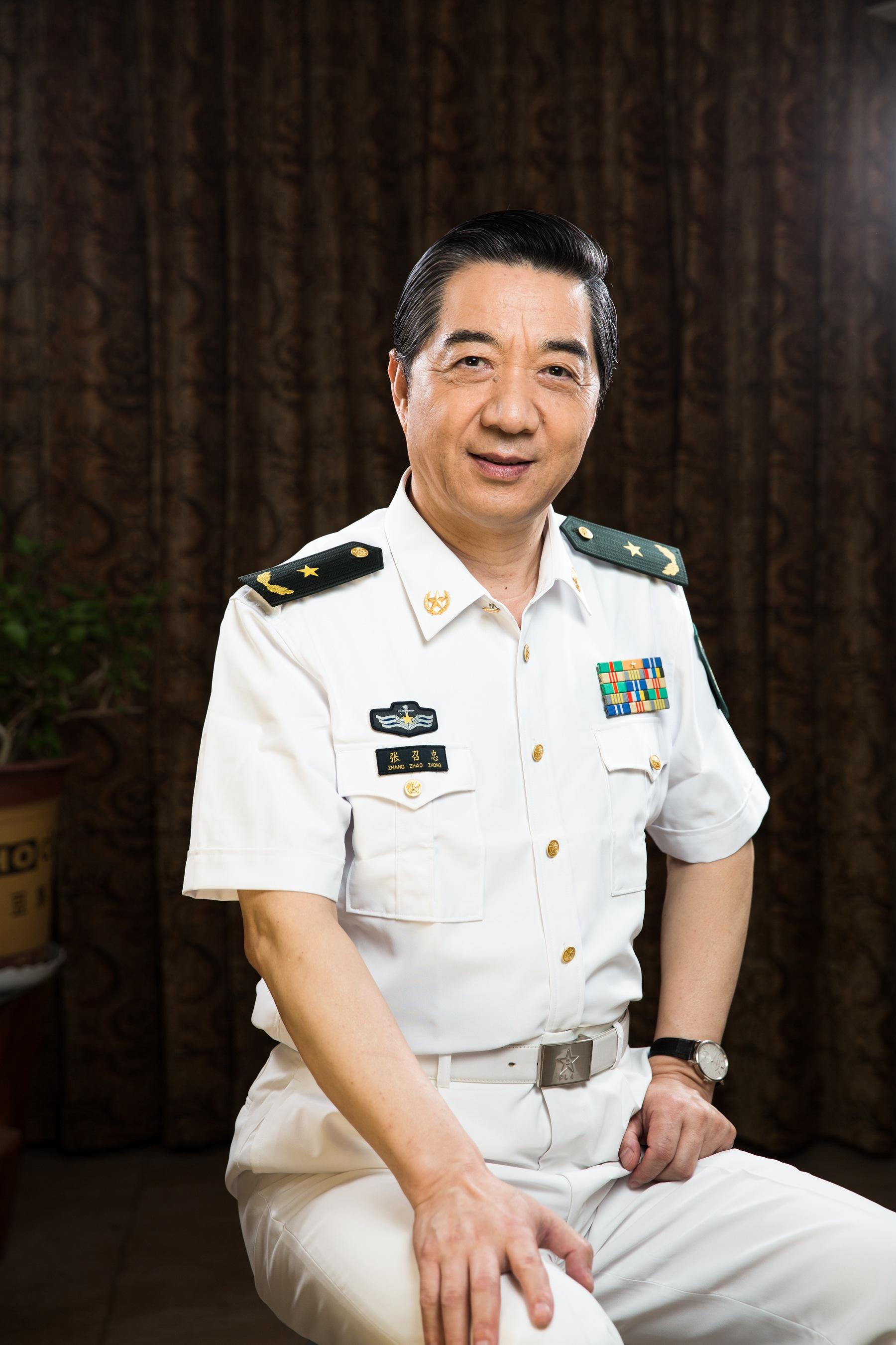 军事资讯_张召忠:现在的年轻人,是中国历史上最幸运的一代人_凤凰读书
