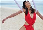 50岁女星拍写真走性感风