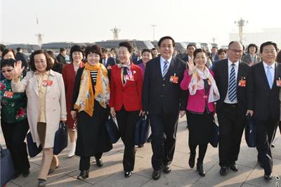 河北省代表团出席十三届全国人大二次会议开幕会侧记