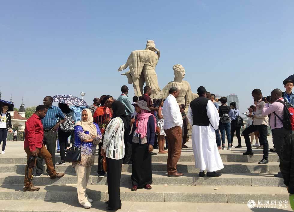 自然与文化的瑰宝 非洲记者点赞锦州