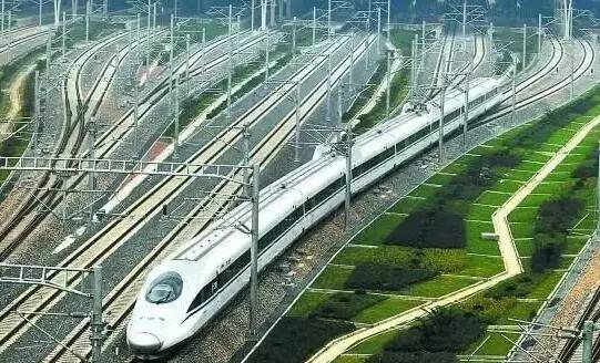江西赣州 高铁_九江又一新区即将崛起,百米高空俯拍高铁新区_江西频道_凤凰网