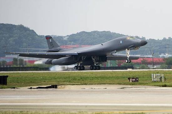 改b?9?y`f??,z)?h?_海外网9月18日电,韩国国防部表示,美国军方周一(9月18日)出动2架b-1b